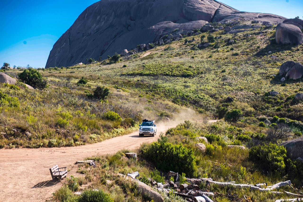 private authentic tour cape town winelands offroad 4x4 experience